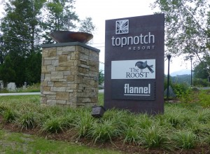 Topnotch Resort Sign